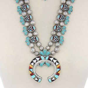 Jewelry - Squash Aztec western silver necklace earrings set